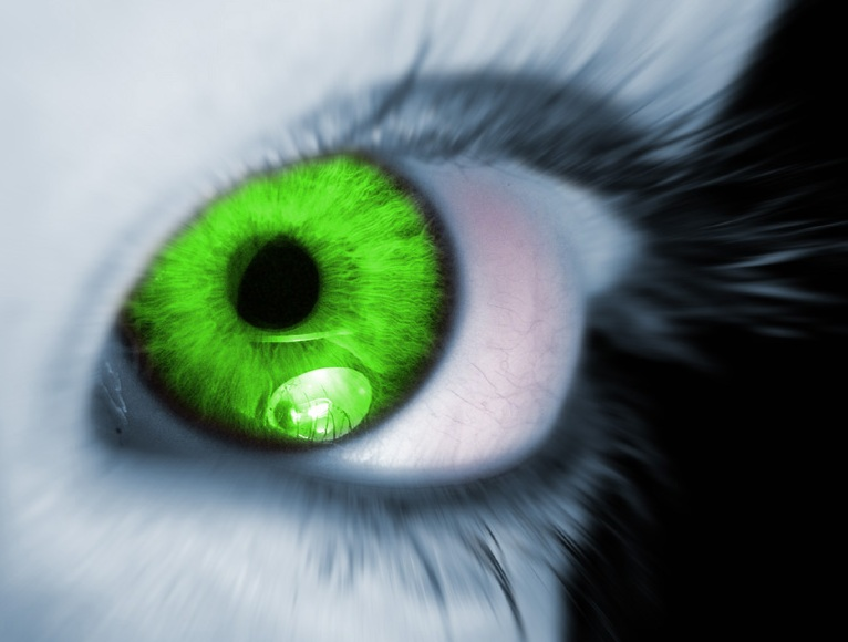 envious green eye